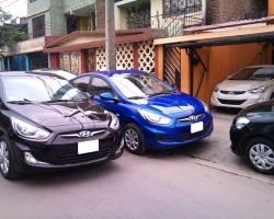 Hyundai Accent HB negro